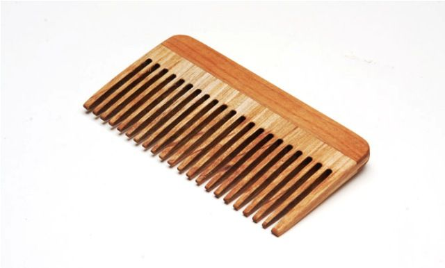 Benefits Of Using Wooden Comb
