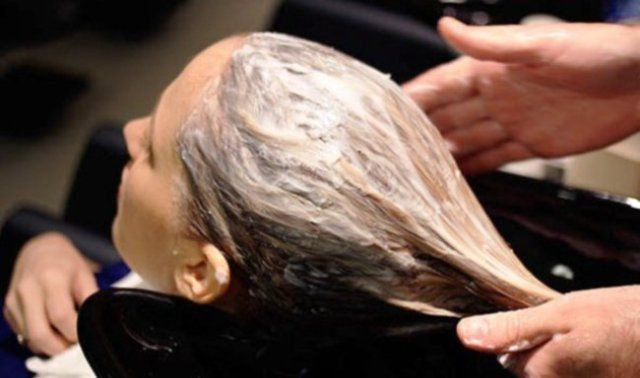 Amla And Egg Hair Mask As Scalp Cleaner