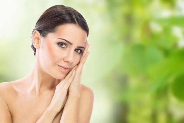 Amla Juice Cures Skin Pigmentation