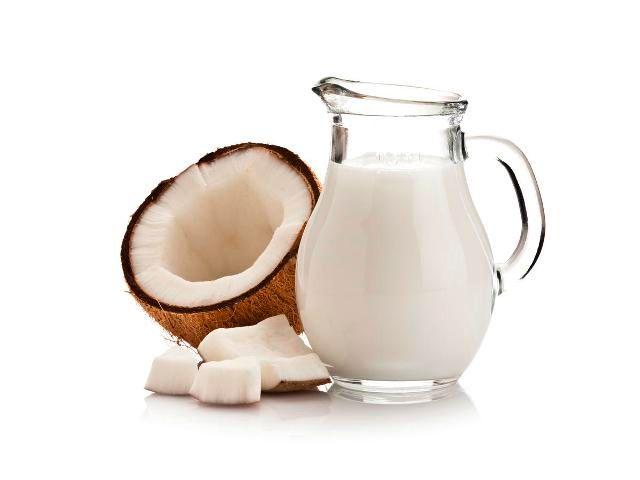 Coconut Milk To Prevent Split Hair