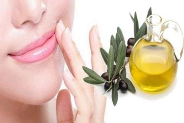 Olive Oil As Lip Scrub