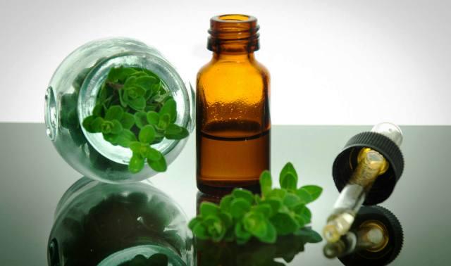 Oregano Oil To Treat White Spots On Nails