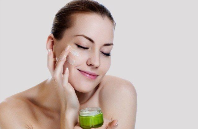 Aloe Vera Removes Blackheads