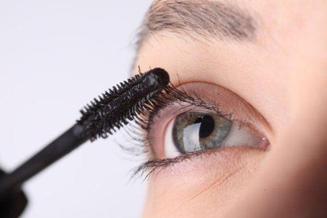 Brush Your Eyelashes