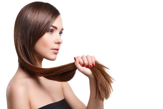 Castor Oil Conditions Hair