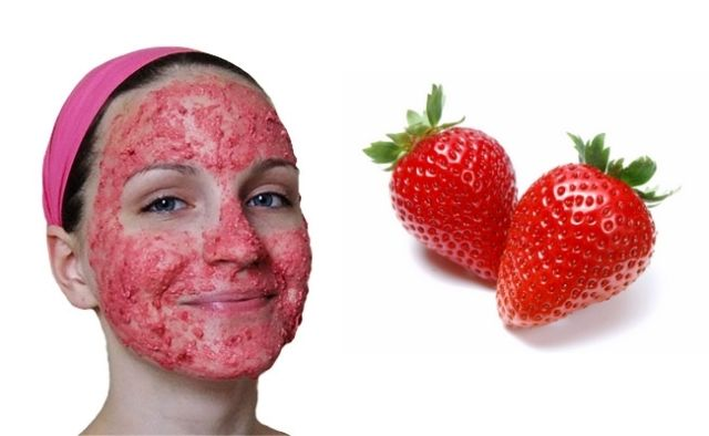 Strawberry Removes Blackheads