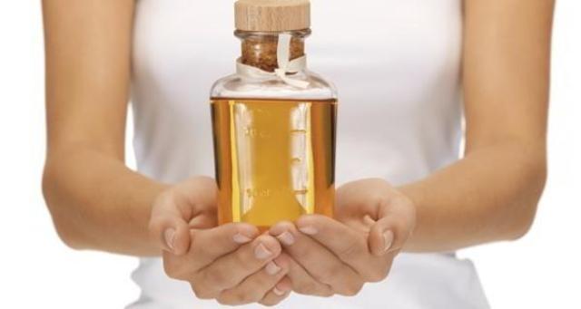 Vitamin E Removes Whiteheads